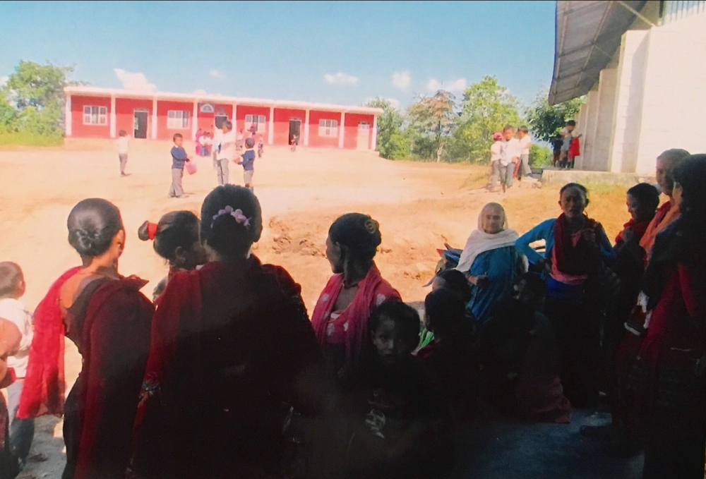 日本の支援でできた(10年前)4教室。この右端が図書室です。ビジェイ小で。2017.11.6