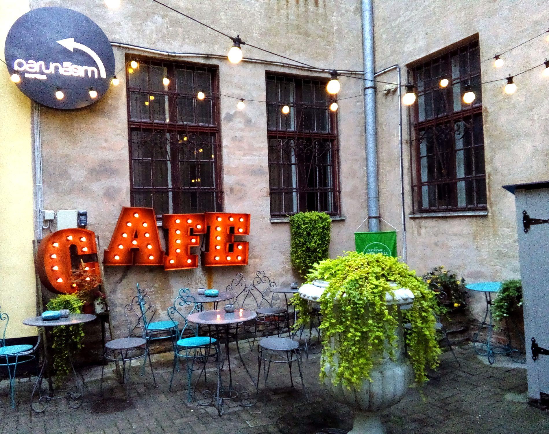 The cutest café!