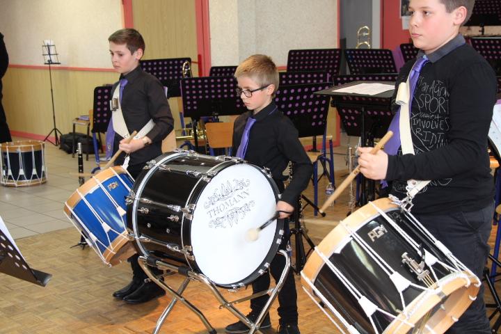 """Les """"Jeunes percussionistes""""ont fait le show au tambour"""