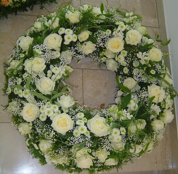 Trauerkranz, Trauergesteck,  Kranz, Beerdigungsgesteck, Grabschmuck,