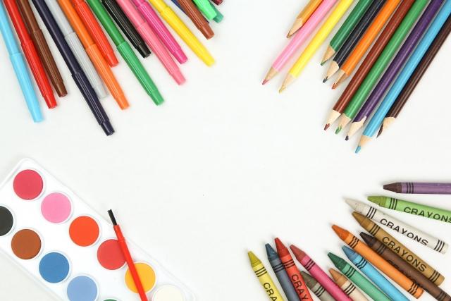 アートセラピーの道具