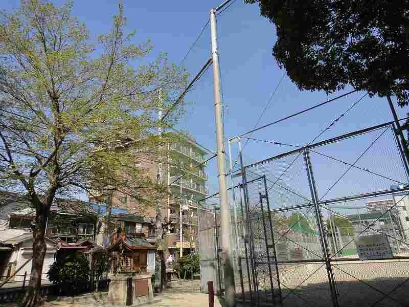 Belle Ville Higashi Nakahama, from Higashi Nakahama Park