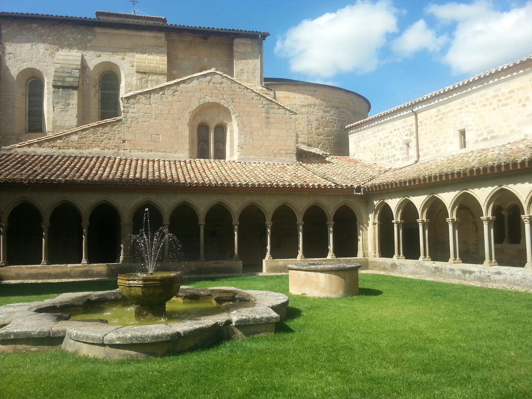 Sint Hilaire Abbey