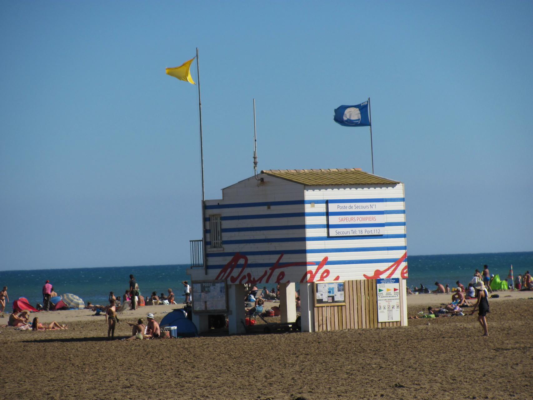 Gruissan, la plage des chalets