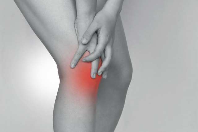 膝の痛み、股関節の痛み、変形、ポキポキ音がする