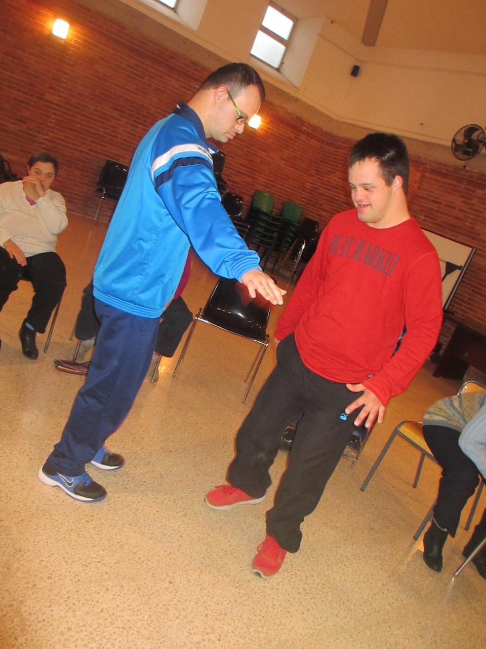 baile en Asnimo