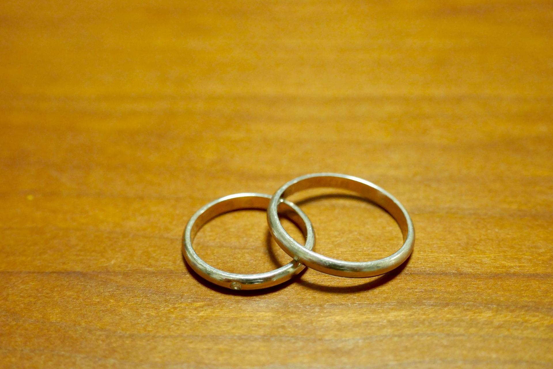 三重県探偵ブログ 夫の浮気問題。あなたは「離婚」を選びますか?