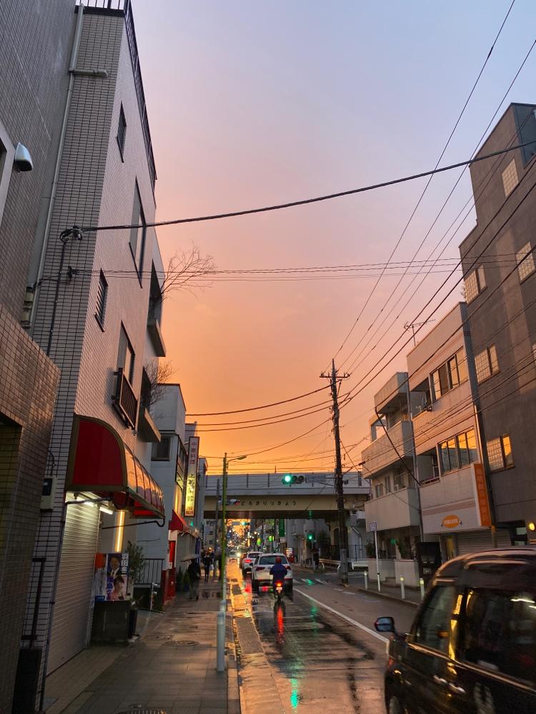西の夕焼け空