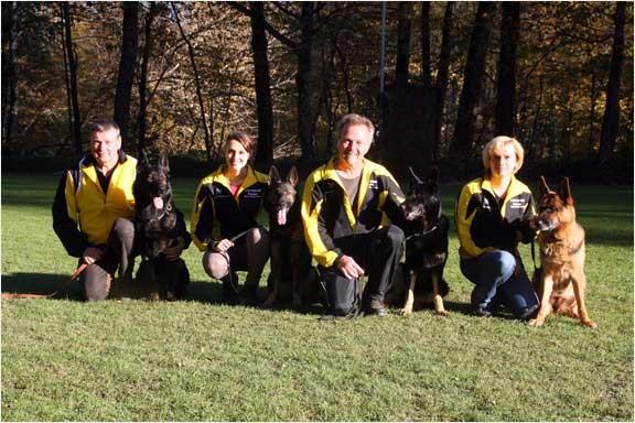 Im Bild die Teams Martin Mittermaier mit Poker, Julia Mittermaier mit Nanu, Martin Baueregger mit Cara und Sylvia Baueregger mit Barina