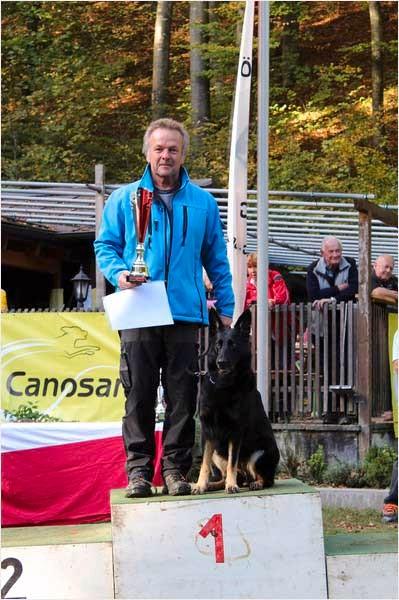 Martin Baueregger mit Cara vom Sulzachgrund IPO3 Rang 1