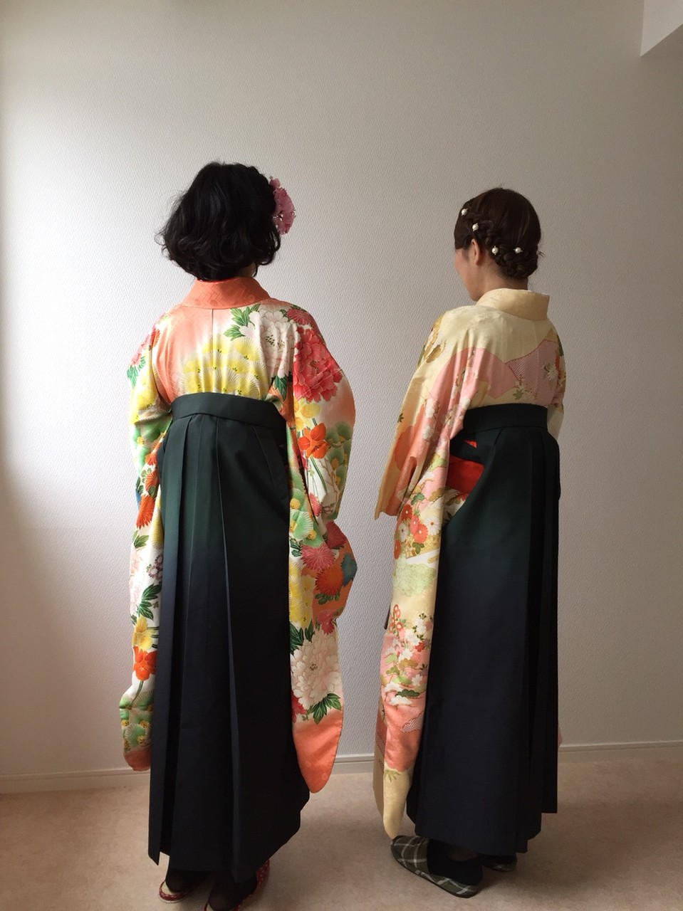女性の袴姿~卒業式の装い