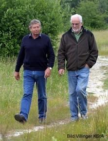 Jörg Pape, Kreisvorsitzender des NABU-Köln und Dr. Wolfgang Kemmer auf gemeinsamen Weg für den Naturschutz