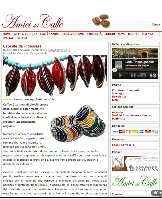 http://www.amicidelcaffe.it/amicidelcaffe/index.php/2011/11/10/capsule-da-indossare/