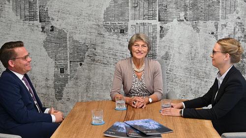 Im Gespräch mit Rechtsanwälten der Kanzlei AQUAN in Düsseldorf.