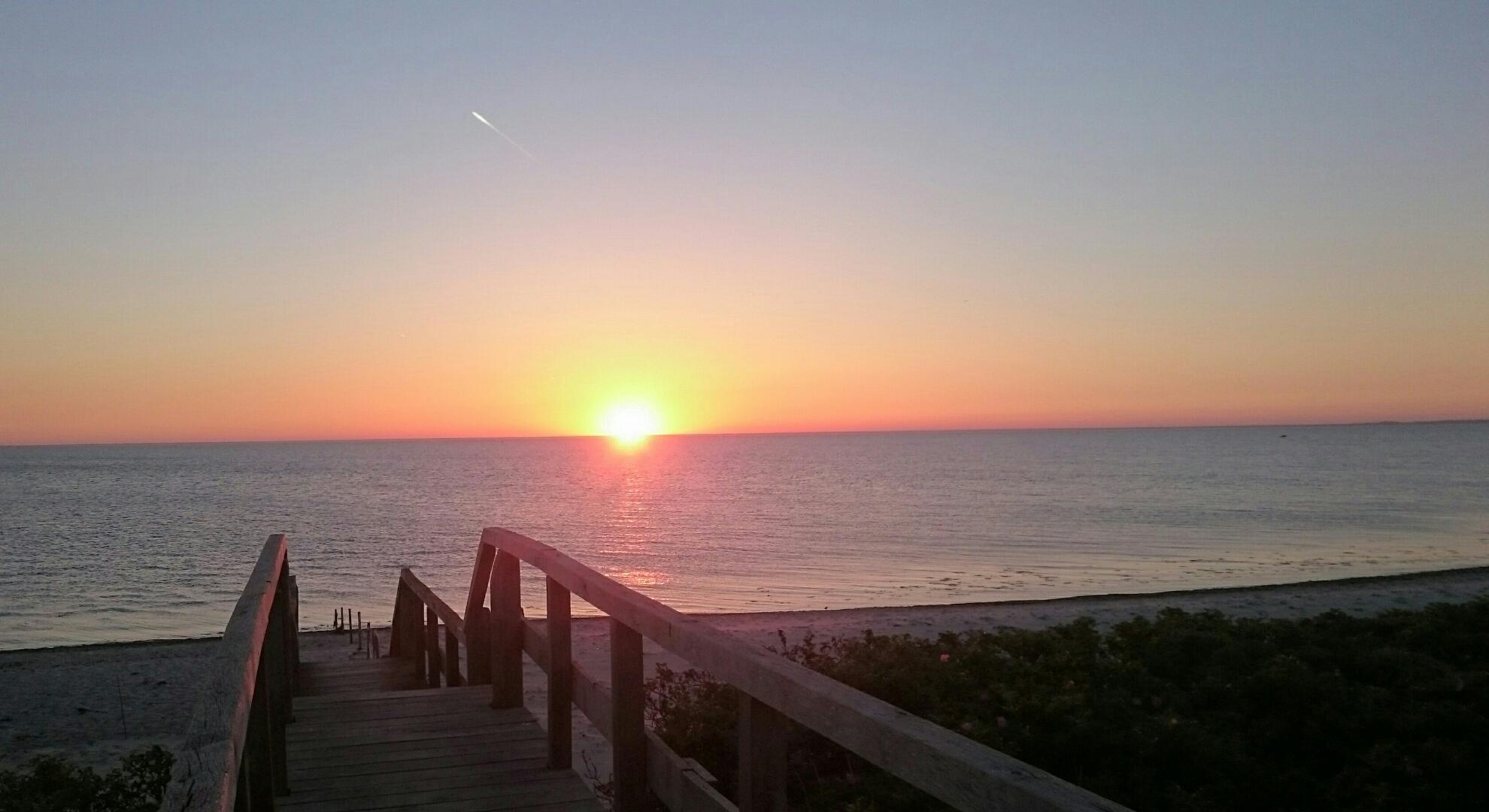 So ein Sonnenaufgang hat durchaus was Schönes. © Dörte Schmidt