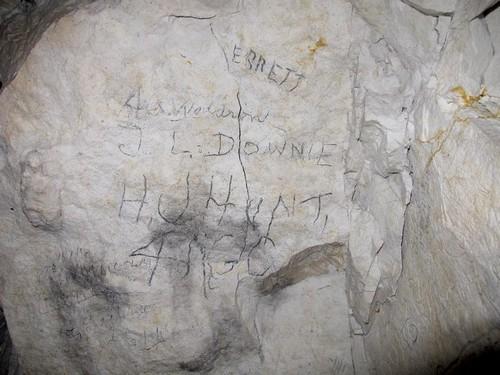 ©Cité souterraine de Naours