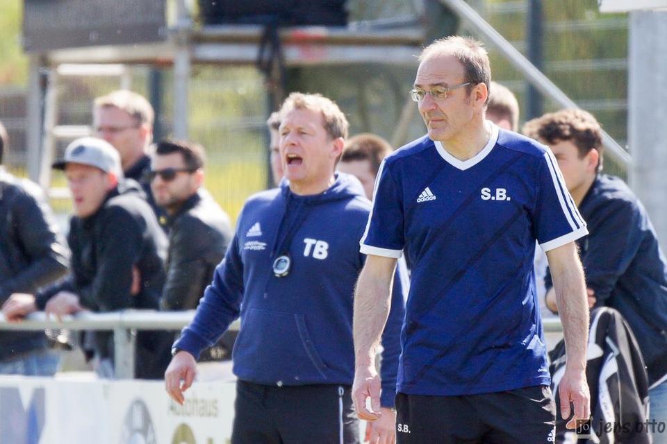 Der scheidende Trainer und der Interimstrainer. Thomas Brunet (links) und Stephan Banf.