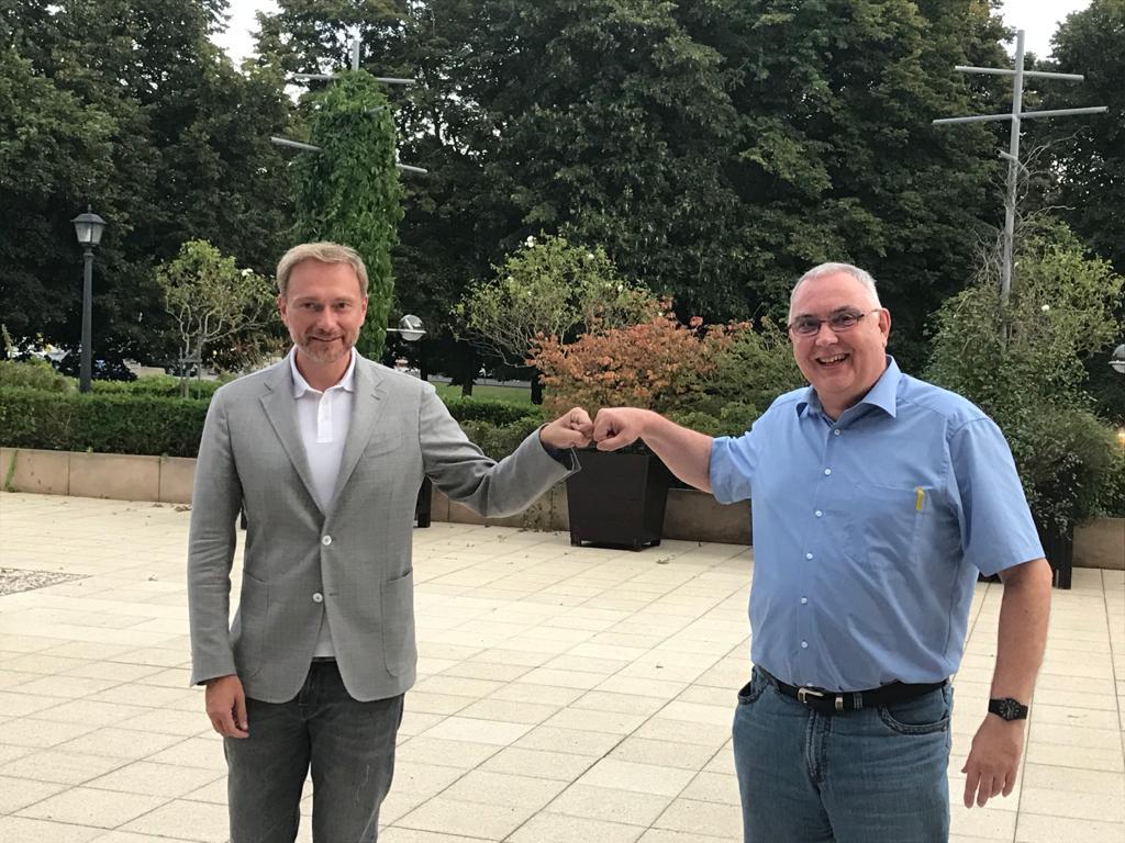Unser Mitglied Edgar Springob (rechts) mit Christian Lindner