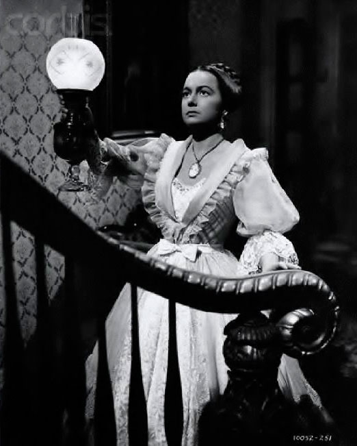 "Olivia De Havilland en ""La Heredera"""