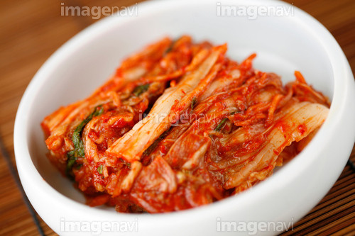 【結い特製キムチ】、これぞ正しく本場韓国の味、お持ち帰りも可能です。