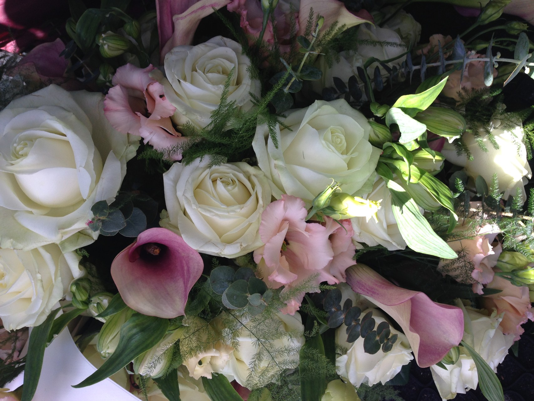 Rouwstuk Wit-zacht roze