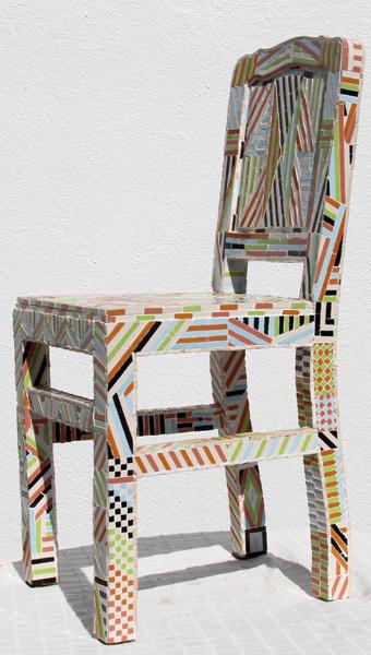 """""""Cadeira Desigual"""" - 90x45x38 cm"""
