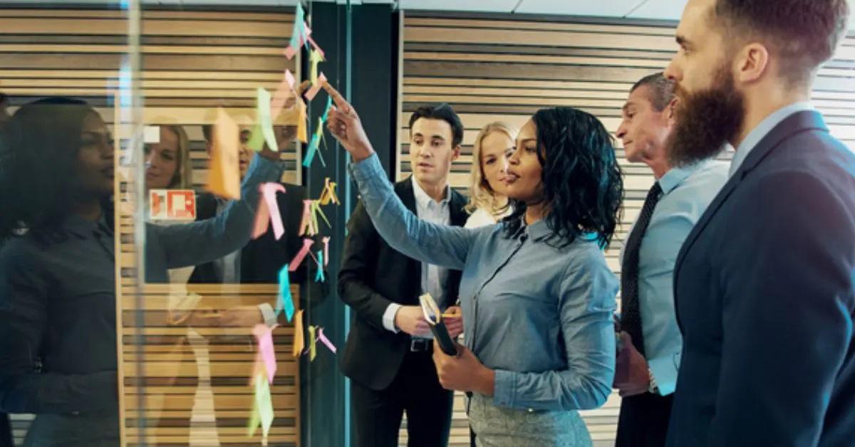 Winpakのケーススタディ:複数の大陸と言語にまたがる従業員のつながり