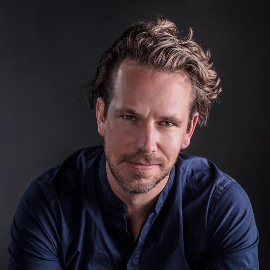 Ein Shooting-Star in Slow Motion: Tourlos durchs Jahr mit Klavierflüsterer Martin Herzberg