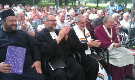 Ökumenischer Gottesdienst zum Schöpfungstag auf der Landesgartenschau in Gießen. Eine Bildergalerie öffnet sich durch Klick auf das Bild.