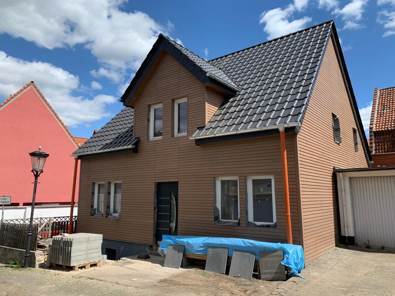 Rhombusleisten-Fassade