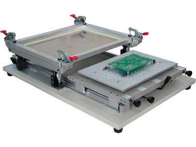 В настоящее время миллионными тиражами с применением SMT технологии изготавливаются платы печатного монтажа.