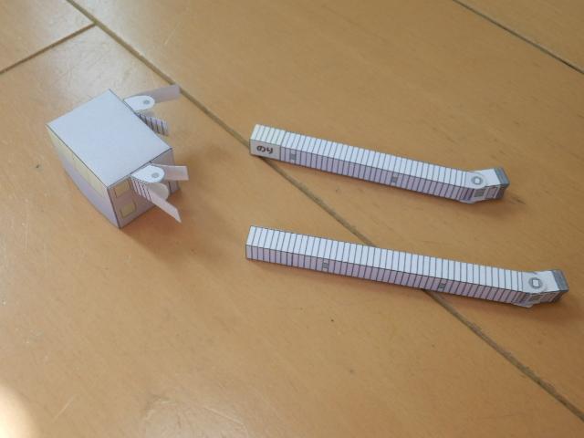 free papercraft airport diorama