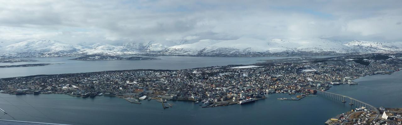 Tromsø von oben (Blick vom Storsteinen)