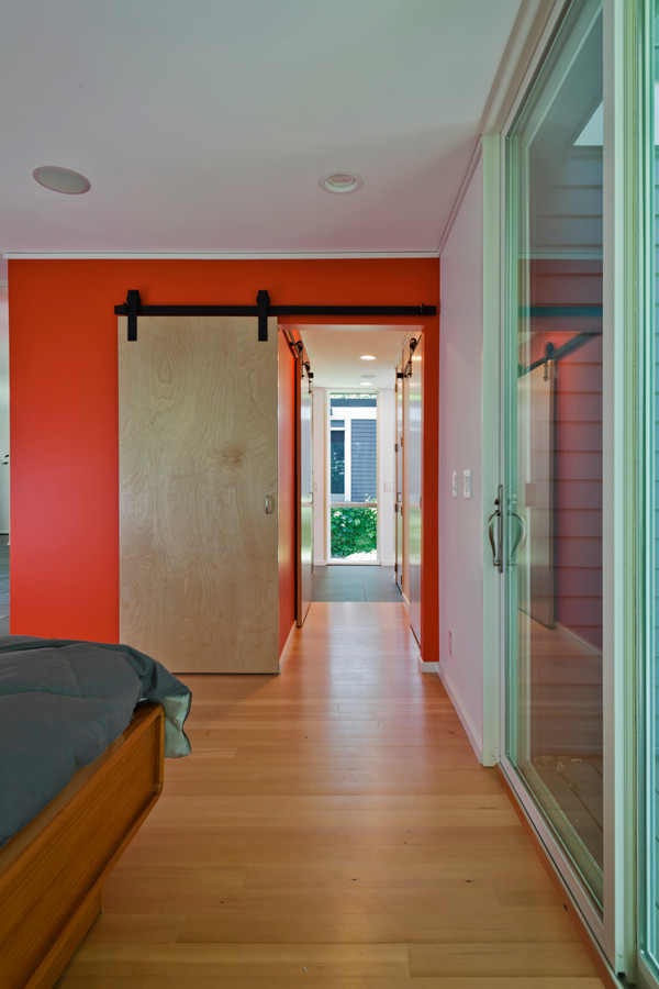 Fredrickson Nagle House: Sliding panel doors are silent space savers.
