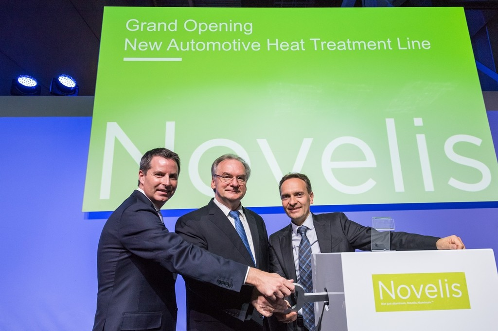 Steve Fisher, President and CEO of Novelis, Reiner Haseloff, Prime Minister Saxony-Anhalt, Erwin Mayr, President of Novelis Europe