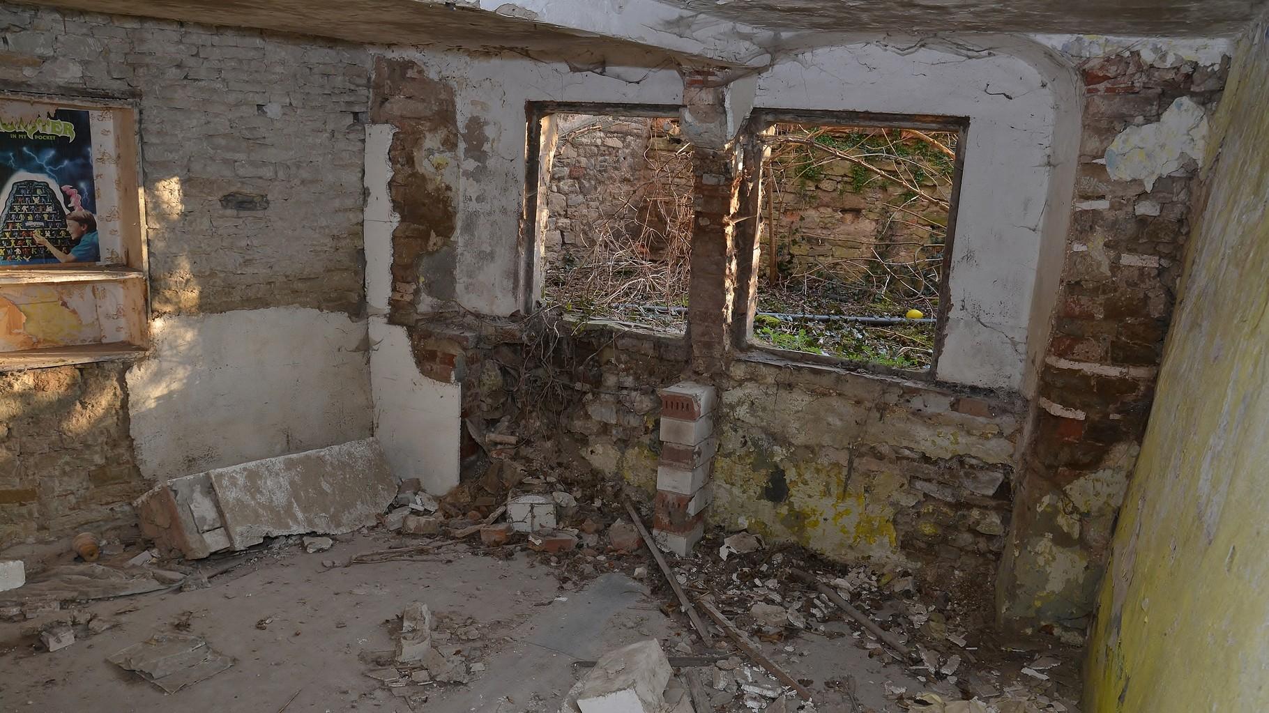 Saalplatz 11 und 12 Nasses Mauerwerk