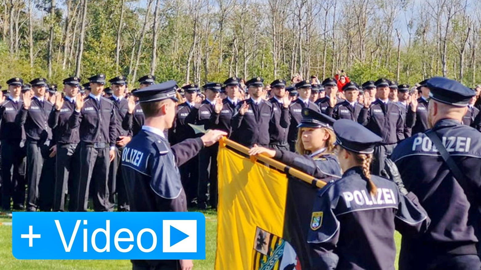 Vereidigung von angehenden Polizistinnen und Polizisten in der Fachhochschule Polizei Sachsen-Anhalt