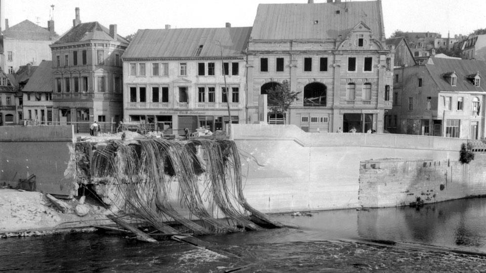 Die Sprengungen der drei Bernburger Brücken erfolgte am 12. April