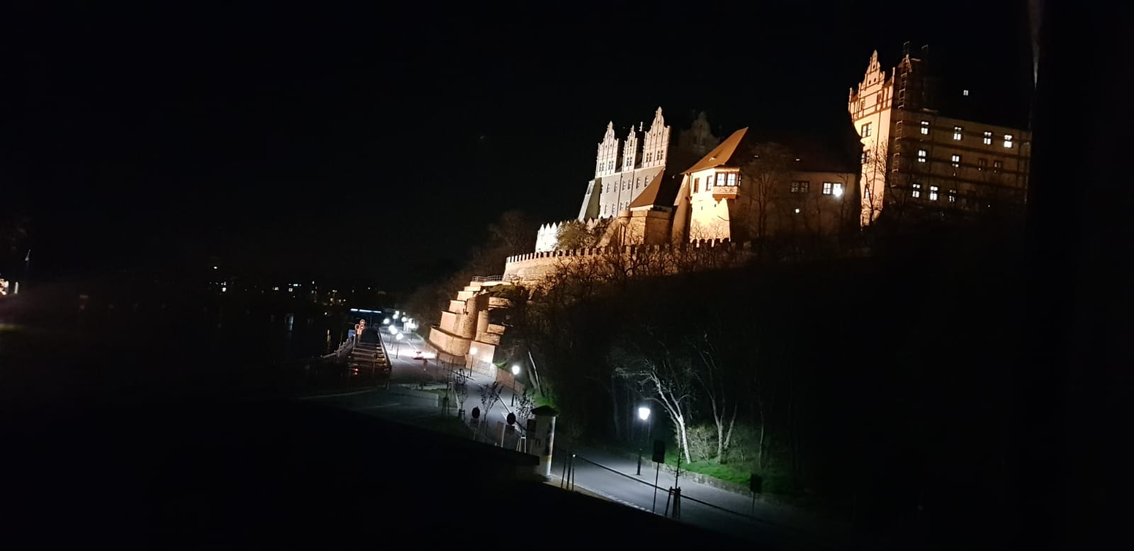 Schloss Bernburg mit Beleuchtung