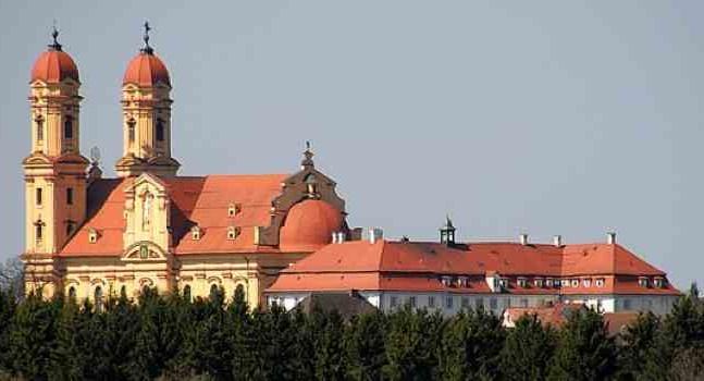 Schoenenbergkirche  (Pfarr- und Wallfahrtskirche)