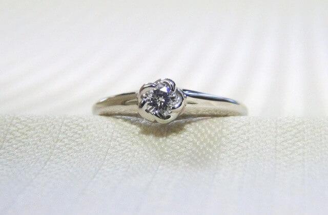 リフォームした婚約指輪「花」