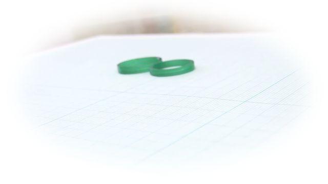 完成した結婚指輪の原型のワックス