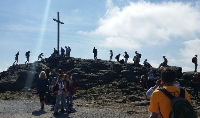Arber Gipfelkreuz am Wochenende