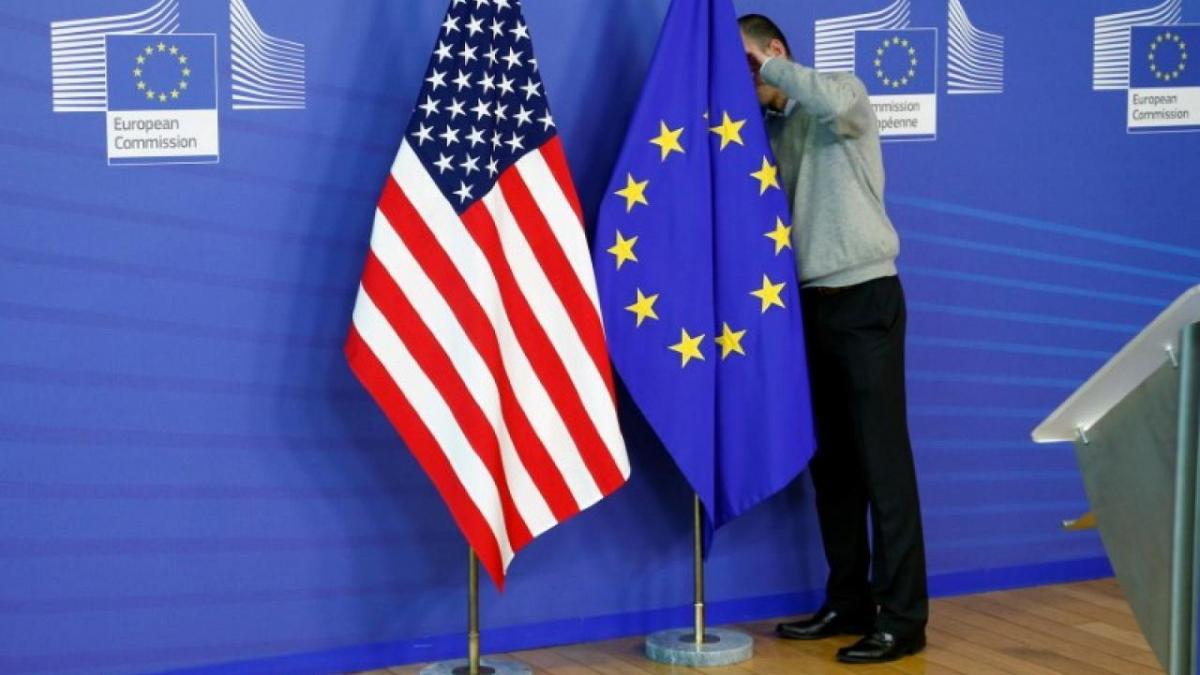 """Евросоюз включил Украину в список """"безопасных стран"""""""