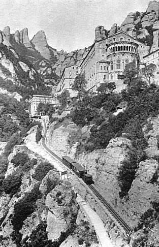 Кремальера - зубчатая железная дорога Монсеррат