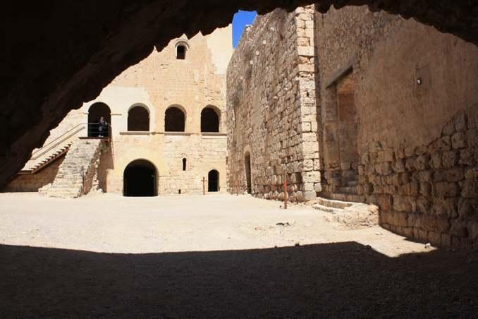 Миравет - замки Каталонии