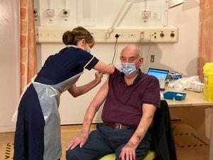 План вакцинации в Испании терпит фиаско