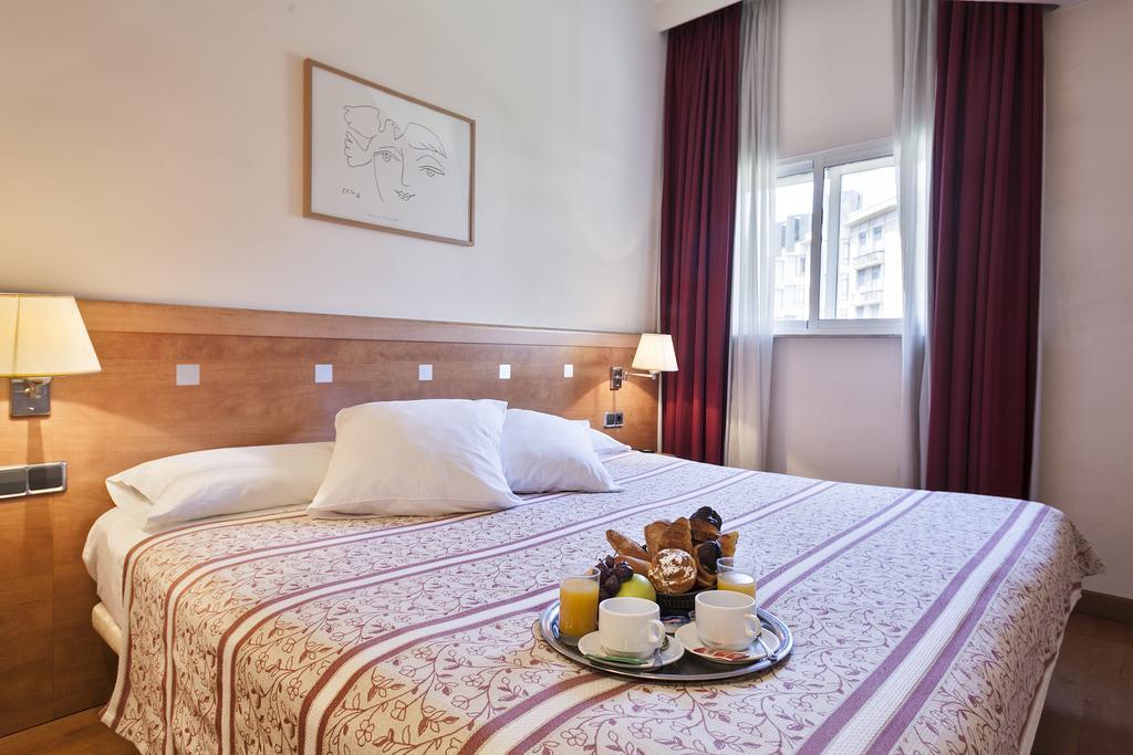 Лучшие бюджетные отели в центре Барселоны (2* звезды)