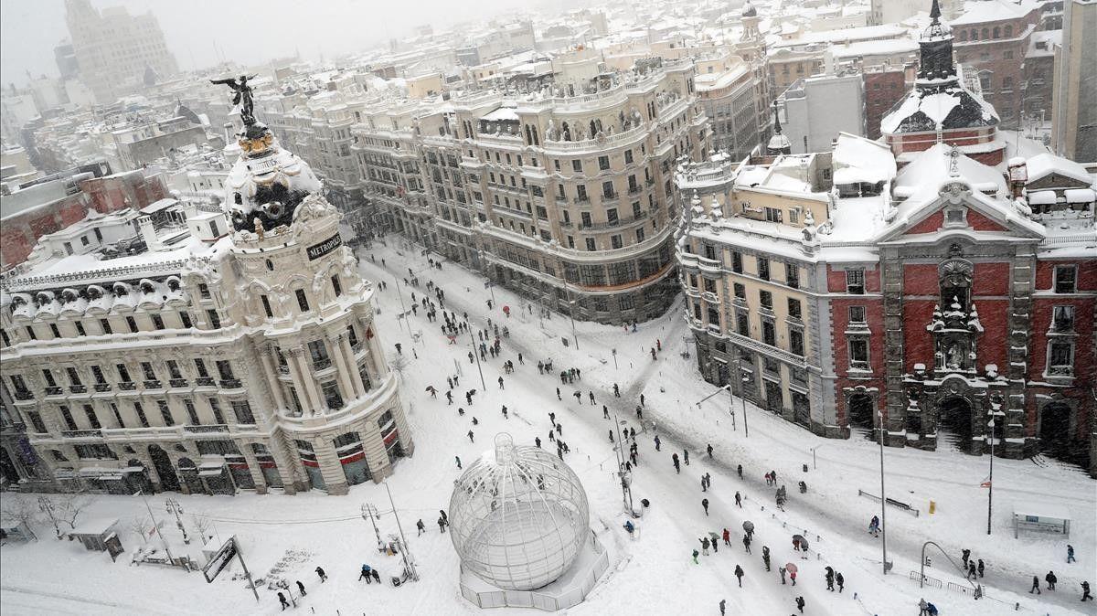 Мадрид: сильнейшие снегопады за последние 50 лет