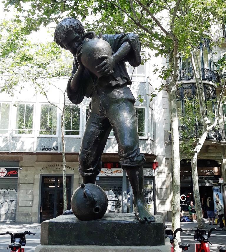 """Мальчик с кувшинами"" - фонтаны Барселоны"